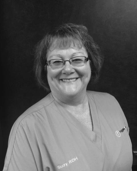 Suzanne, dental hygienist and office administrator at Ruggless Dental in 62704